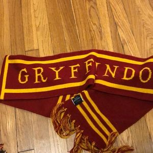 Harry Potter scarf from Universal